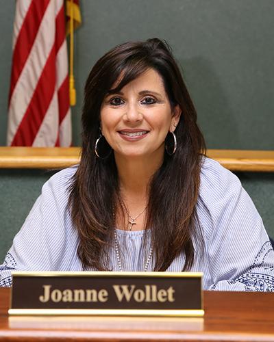 Trustee-Joanne-Wollet